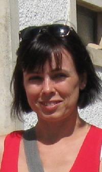 Ana Bela Santos