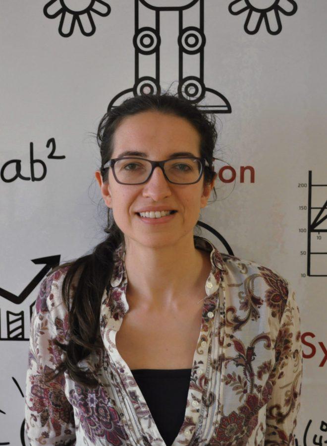 Cláudia Soares